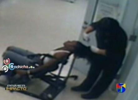 ¡Que Abuso! Policía Le Corta El Cabello A La Fuerza A Una Joven #Video