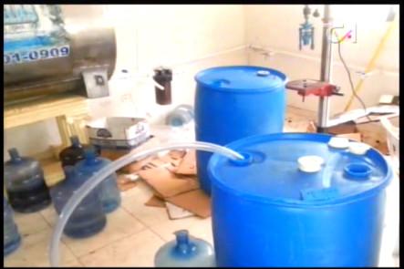 Desmantelan Fábrica Clandestina De Bebidas Alcohólicas En Una Casa De Buena Vista Primero #Video