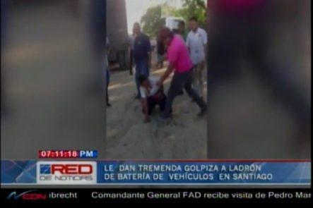Tremenda Paliza Le Propinan A Un Ladrón De Batería De Vehículos En Santiago