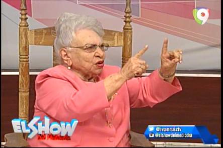 Homenaje A María Cristina Camilo En El Show Del Mediodía