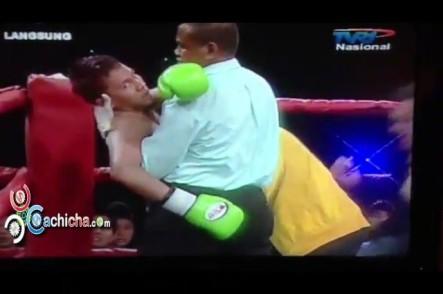 """Muere Boxeador Indonesio Al Recibir Un """"Tarrro De Golpes"""""""