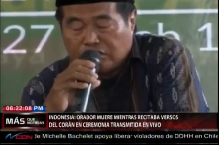 En Indonesia Un Orador Muere Mientras Recitaba Versos Del Corán En Una Ceremonia Transmitida En Vivo