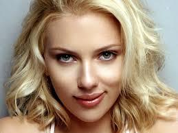 "Scarlett Johansson dio a luz a su primer bebé: ""Madre e hija se encuentran bien"""