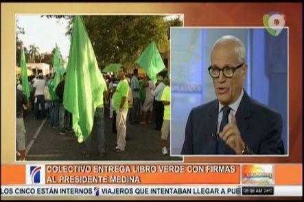 Colectivo Entrega Libro Verde Con Más De 300k Firmas Al Presidente Medina