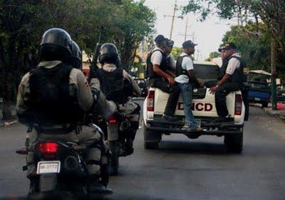 Atacan A Tiros Y Pedradas A Patrulla De La DNCD En La Romana