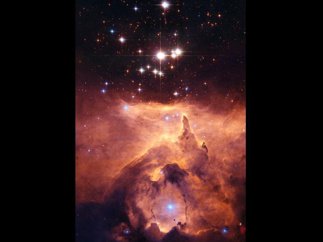 NGC 6357, una catedral a las estrellas masivas