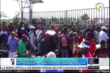 Autoridades Paralizan El Tránsito Vehicular En La Frontera Dominico-Haitiana Por Siete Niños Que Trataban De Entrar Ilegalmente Al País