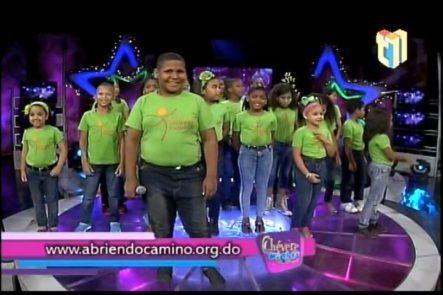 Presentación Del Coro De Niños De La Fundación Abriendo Camino En Chévere Nights