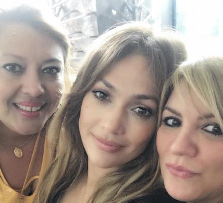 Jennifer López Conoce A La Familia De Alex Rodríguez