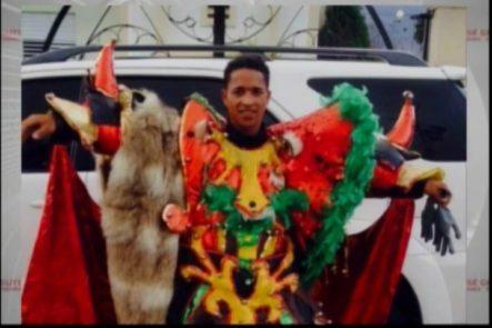 """Le Dieron Un """"Vejigaso"""" En El Carnaval Y Lo Mató De Una Estocada"""