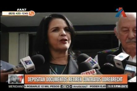 Una Comisión De Partidos De Oposición Depositan Documentos Para Que Retiren Contratos Con Odebrecht