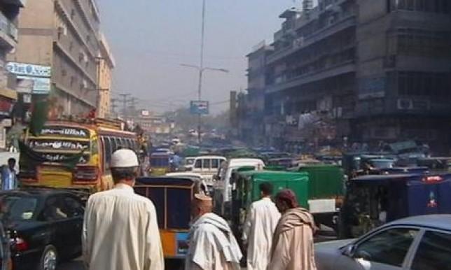 Detienen a dos hermanos por comerse a un bebé en Pakistán