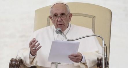 """El Papa Advierte De Que La Vanidad """"nos Hace Ridículos"""""""