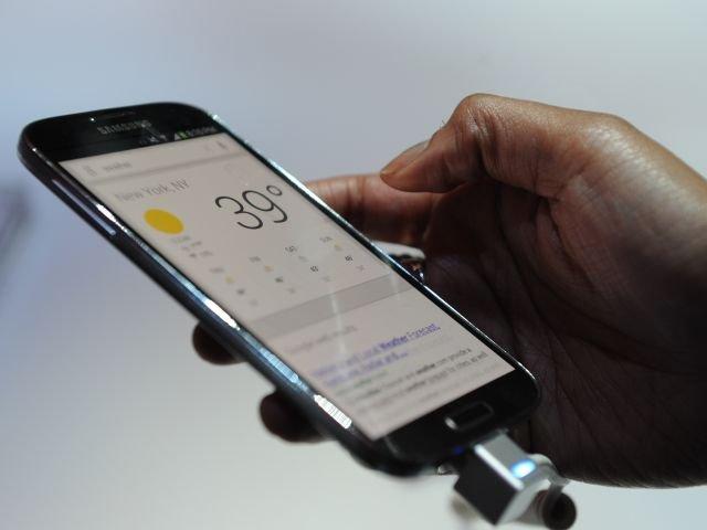 Se trata de Backdoor.AndroidOS.Obad.a y Free Calls Update, capaces de apropiarse del teléfono y estafar al usuario, según la marca de antivirus Kaspersky.