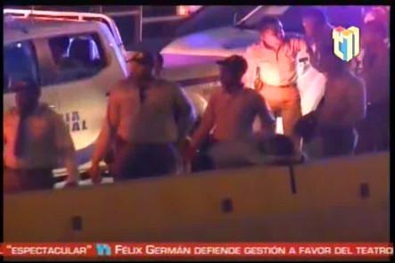 Dos Agentes De La Policía Resultaron Con Heridas Leves Al Producirse Un Triple Choque En La Salida De La Ciudad De Santiago