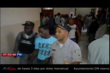 Tribunal reenvía caso de los agentes policiales acusados de matar a un general y su esposa