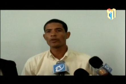 Comisión De Evangélicos En Santiago Se Reúnen Con Abel Martínez Por Video Del Percance Con El Predicado En Parque Duarte