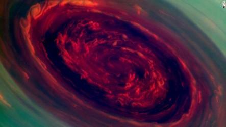 En El Planeta Saturno Eso Se Ta Acabando Un Ciclón Fuertísimo