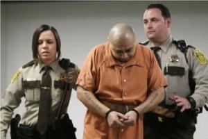 Julio Acevedo de 44 años, enfrenta cadena perpetua si es hallado culpable de los cargos