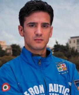 Devis Licciardi, atleta italiano de 28 años, fue descubierto al querer burlar un control antidoping con un pene de plástico, tras correr una prueba de 10 kilómetros.