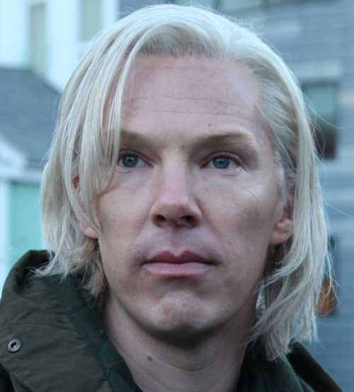 Benedict Cumberbatch se prepara para interpretar a Julian Assange