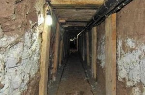 Hallan túnel clandestino en construcción en frontera de México con EEUU