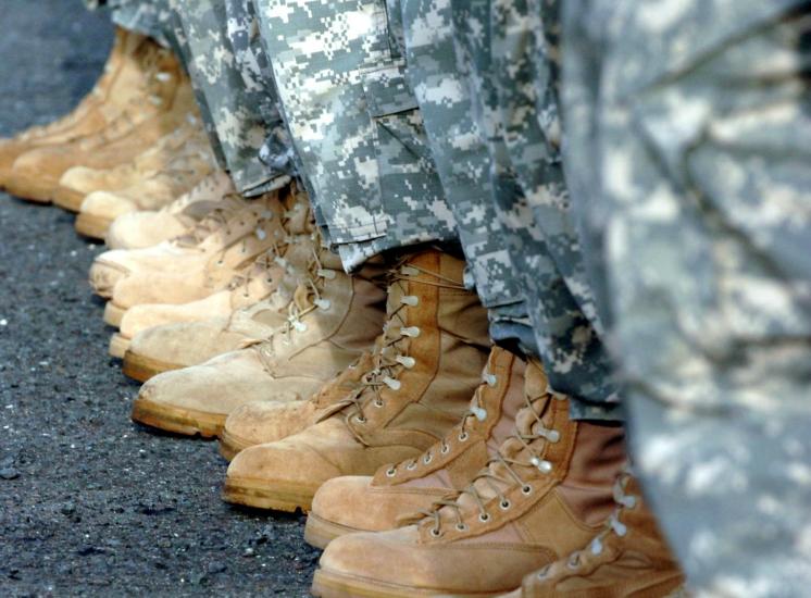 veiculos militares