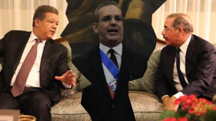 """Hombre Al Estilo """"CHAKI CHAN"""" Le """"TIRA UNA PATÁ"""" Y Con El CASCO PROTECTOR A Agentes De DIGESETT"""
