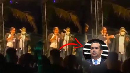 Representante De Interior Y Policía Reta A Diputado Víctor Suárez En Fiesta En Santiago