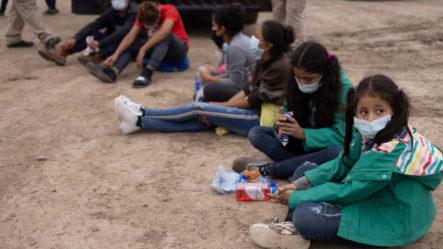 """""""Con El Dolor De Mi Alma Las Dejé Ahí"""" Abandonó A Sus Hijas Para Que Tengan Una Mejor Vida"""