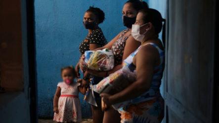 Miles De Familias En Brasil Al Borde De La Pobreza Por Fin De Ayudas De Covid