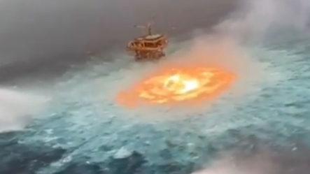 Explota Plataforma Marina De Petróleo En El Golfo De México