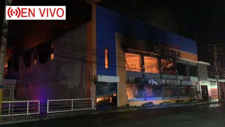 EN VIVO: Incendio Consume La Ferretería Ozama, En Santo Domingo Este
