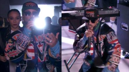 Presentación De Yandel En Premios Juventud