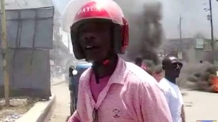 Le Entran A Pedradas A Una Unidad De Prensa Dominicana Que Fue A Reportar En Haití
