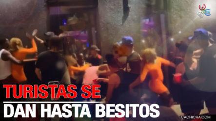 """Turistas Se Van A La """"Trompa"""" En La Placita De Santurce Puerto Rico ¡No Hay Pa Nadie!"""