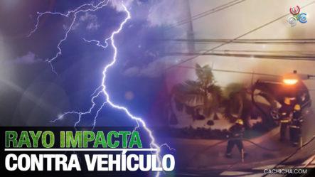 Un Rayo Partió E Incendió Un Vehículo En Santiago