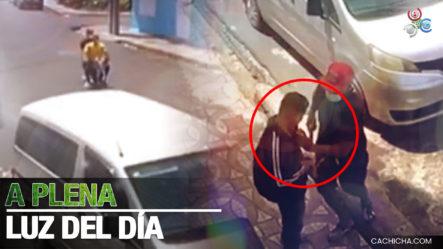 Delincuentes Armados Se Le Tiran A Jóvenes Y Le Quitan Todo En Santiago