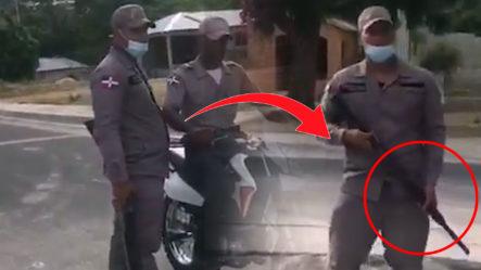 Madre E Hija Denuncian Policías Van A Su Casa En Actitud Amenazante