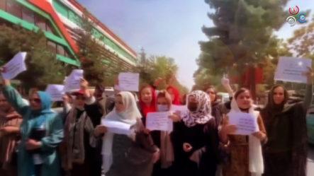 Así Defienden Las Mujeres Sus Derechos En Afganistán Tras El Retorno Al Poder De Los Talibanes