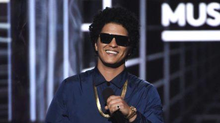 Bruno Mars Dona Un Millón De Dólares Para Beneficiar A Quienes Perdieron Su Trabajo Por El Coronavirus