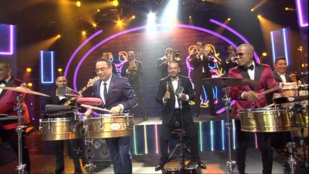 Presentación De Gilberto Santa Rosa Con Chiquito Team Band En Premios Soberano 2019