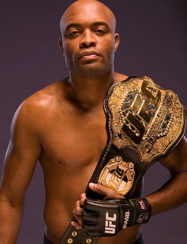 Brasileño Anderson Silva Sufrió Espeluznante Fractura En La UFC