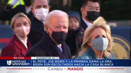 Momento En Que El Presidente Biden Llega A La Casa Blanca Junto A Su Familia