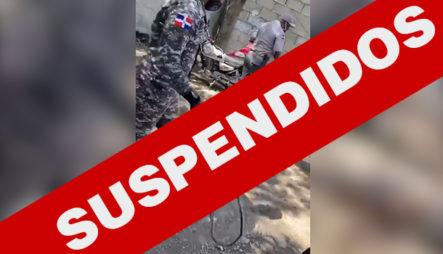 """Suspenden """"por Violación A Derechos Ciudadanos"""" Policías Que Castigaron Supuesto Ladrón"""