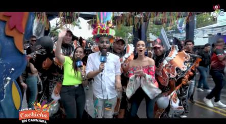 Disfrutando Del Carnaval Vegano Bajo La Lluvia En La Ruta De Cachicha
