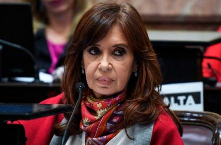 Juez Argentino Procesa A 92 Funcionarios Del Gabinete De Cristina Kirchner Por Presunta Corrupción