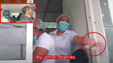 Carlos  Durán Le Da 3 Mil Pesos De Propina A Una Empleada Para Ver Su Reacción