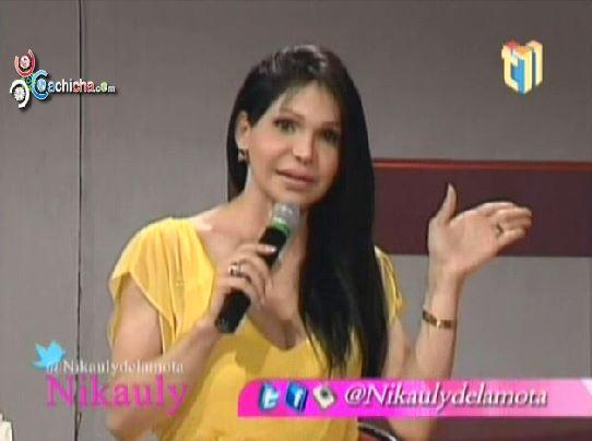 Conversando Con Mía Cepeda En @ArribacoNikauly #Video