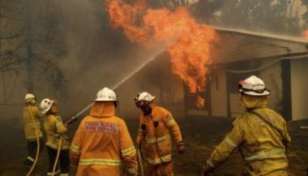 Mueren Bomberos De USA En Avión Contra Incendios De Australia